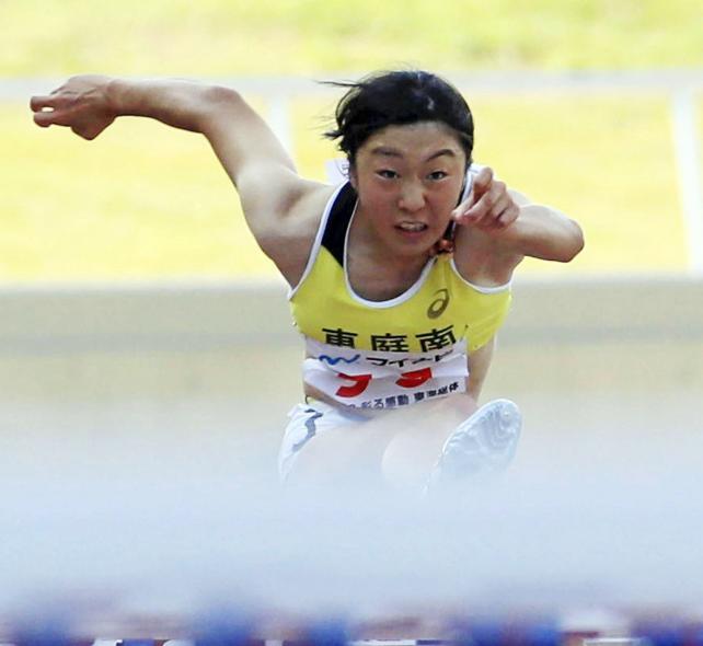 陸上女子100メートル諸害で3位になった恵庭南の芝田愛花 ©読売新聞社