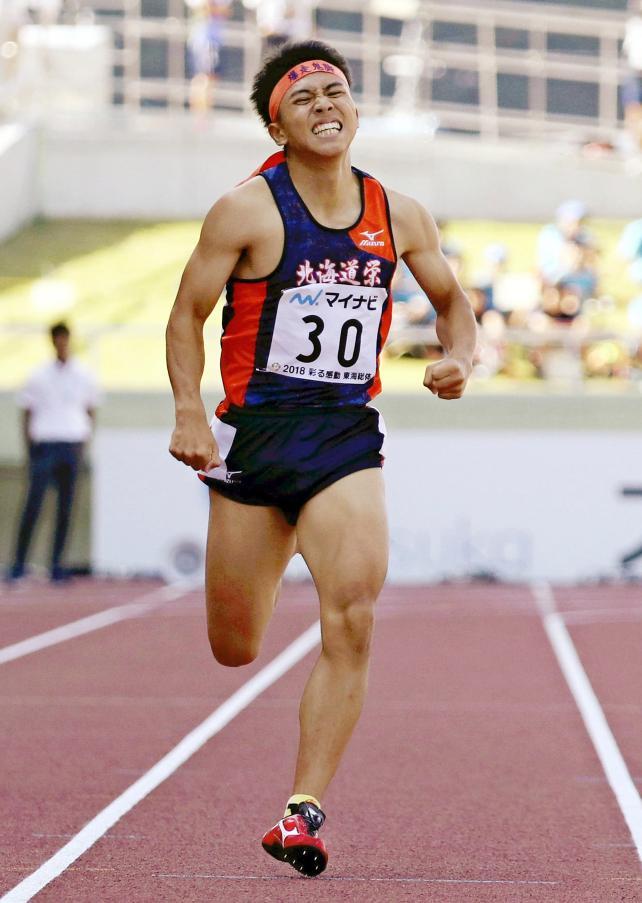 陸上男子400メートルで優勝した北海道栄の森周志 ©読売新聞社