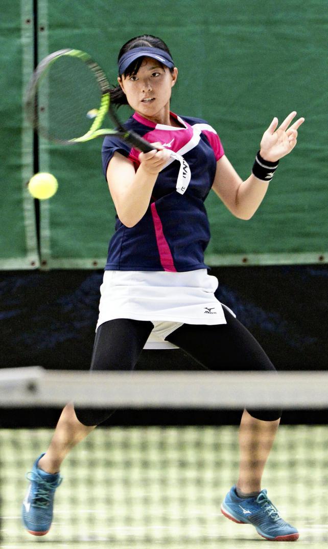 テニス女子シングルスで準優勝した仁愛女の押川千夏 ©読売新聞社