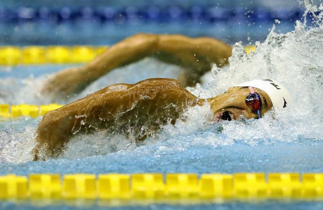 競泳男子200メートル自由形で優勝した日大豊山の吉田啓祐 ©読売新聞社