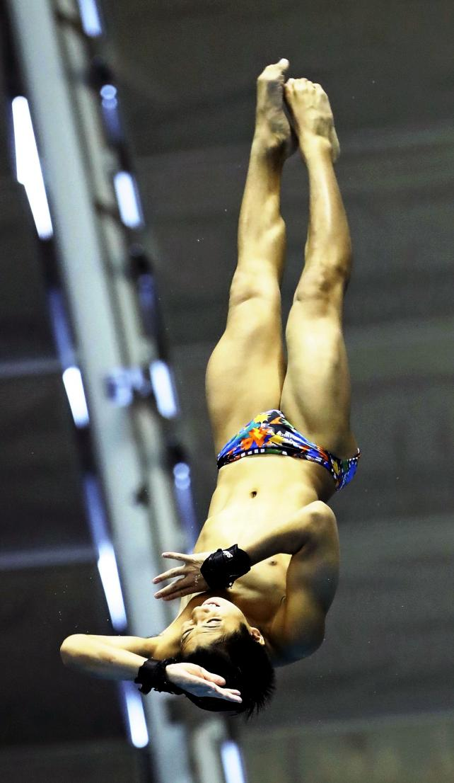 男子飛び板飛び込みで4位入賞した常翔学園の井戸畑和馬 ©読売新聞社