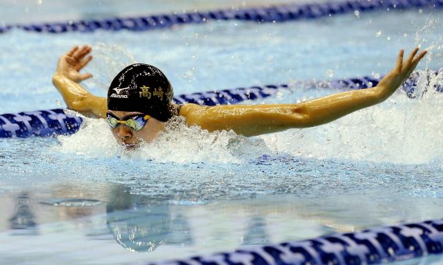 競泳女子400メートル個人メドレーで6位となった高崎女の秋谷里実 ©読売新聞社