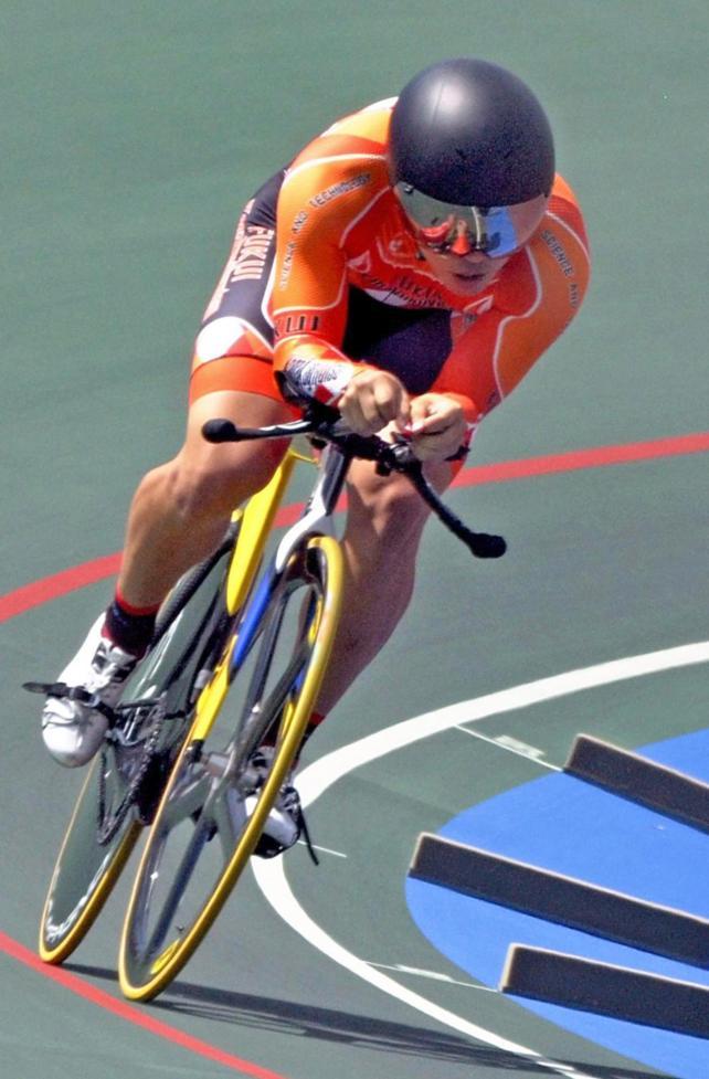 男子1000メートルタイムトライアルを大会新で制した科学技術の市田龍生都選手