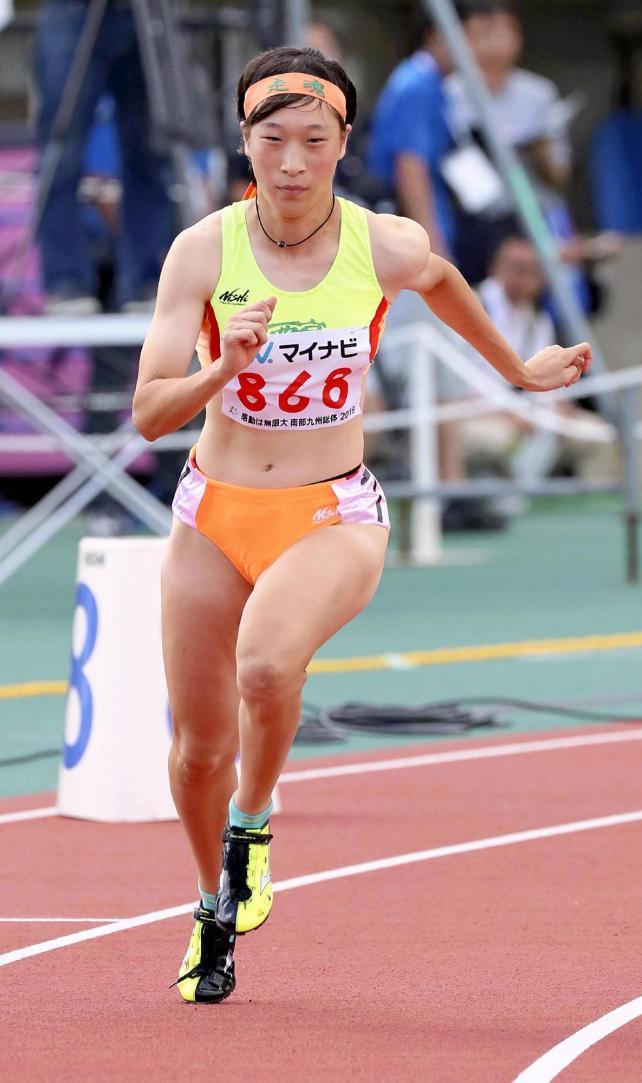 女子400メートルで準優勝した西京の吉岡里奈選手