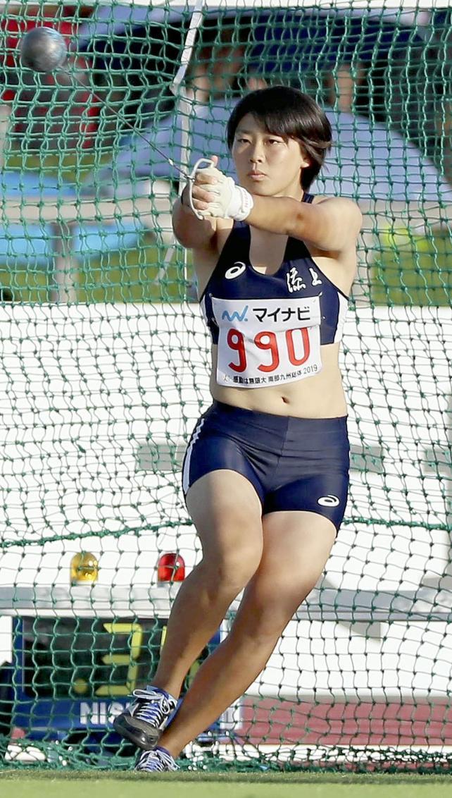 女子ハンマー投げで大会新をマークし、優勝した添上の奥村梨里佳選手