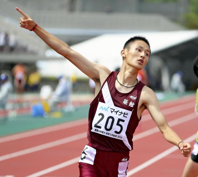 男子200メートルで優勝し、100メートルとの2冠を達成した築館の鵜沢飛羽選手