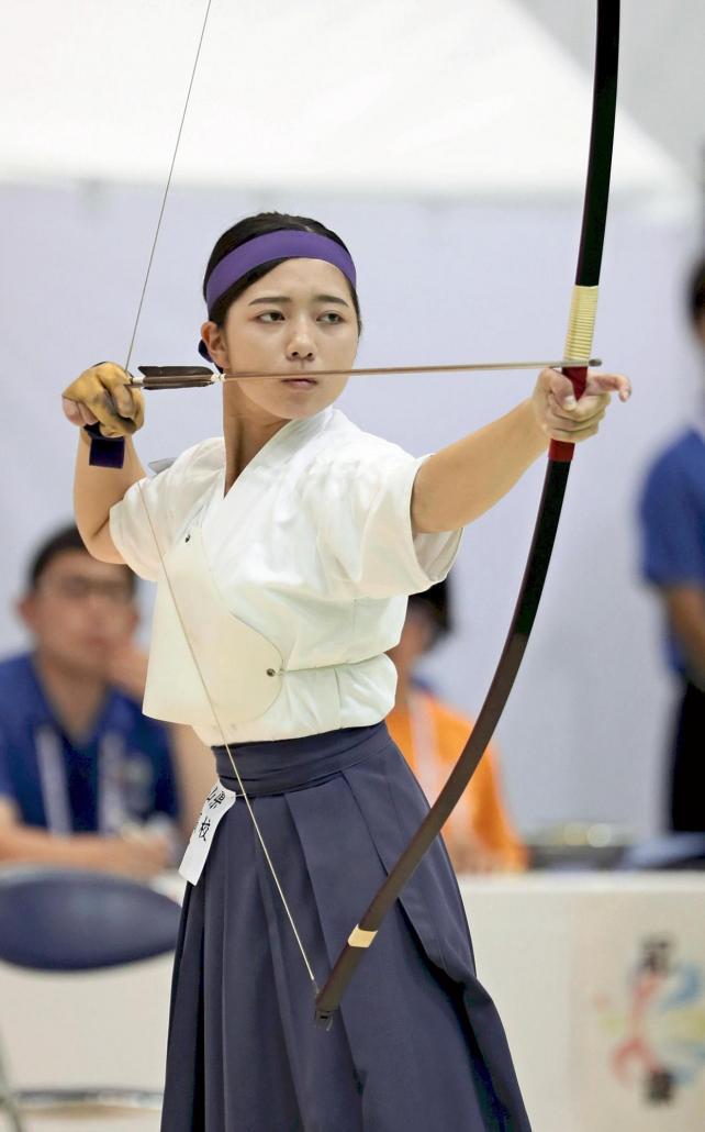 弓道女子個人で準優勝した神島の碓井選手