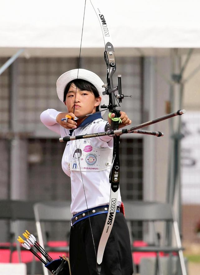 アーチェリー女子個人で準優勝した丹南の西嶋選手