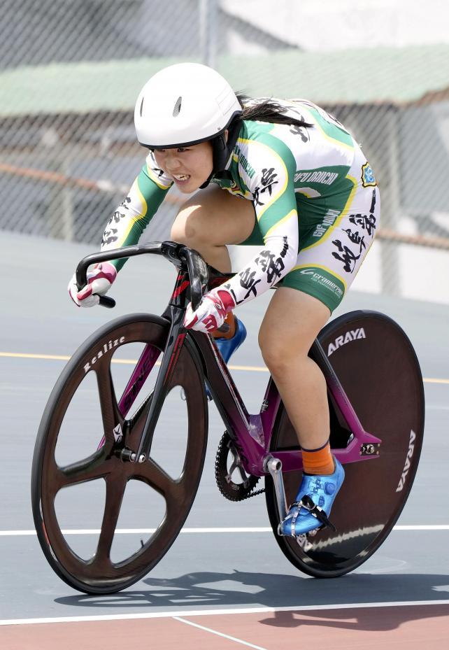 自転車女子500メートルタイムトライアルで優勝した岐阜第一・大野風貴芽選手