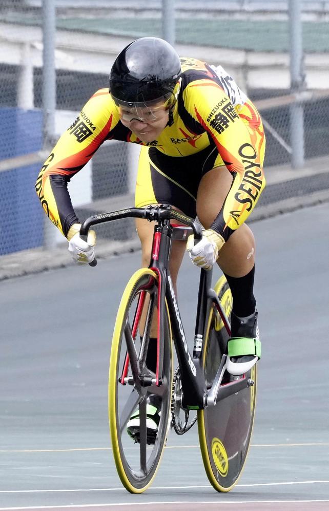 自転車男子スプリントで優勝した星陵・井出晃太郎選手