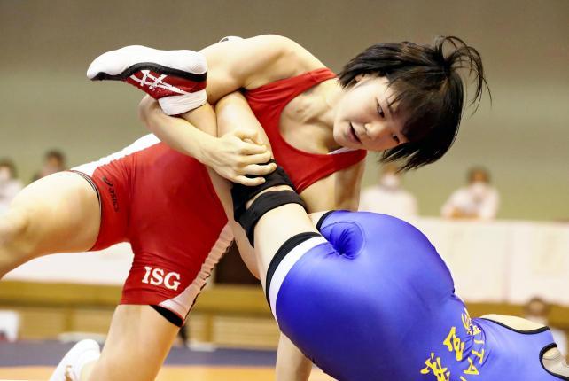 レスリング女子53キロ級で優勝した、いなべ総合・藤波朱理選手