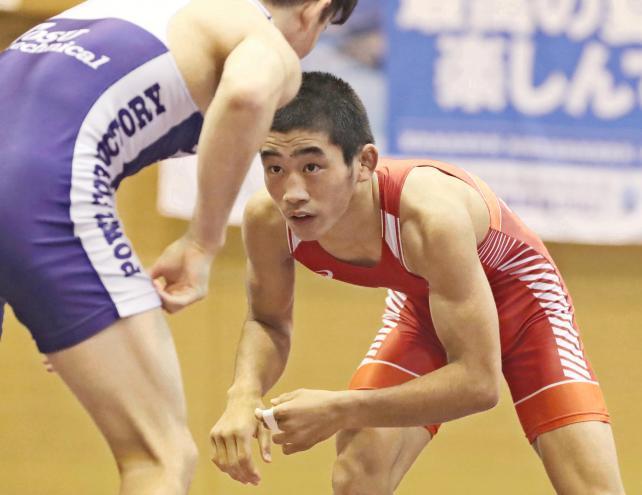 レスリング男子55キロ級で優勝した高知南・西内悠人選手