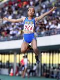 陸上女子走り幅跳びで優勝した園田の高良彩花 ©読売新聞社