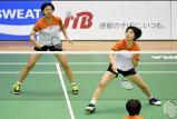 バドミントン女子ダブルスで準優勝した埼玉栄の大沢佳歩(右)と鈴木陽向 ©読売新聞社