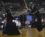 剣道女子団体で、東奥義塾の選手に勝利した履正社の山本しおり ©読売新聞社