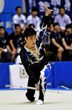 新体操男子個人、スティックで華麗な演技を見せる恵庭南の田口将 ©読売新聞社