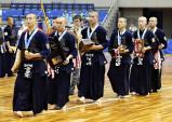剣道男子団体で優勝した九州学院の選手たち ©読売新聞社