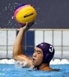 水球で、6点を奪う猛攻を見せた前橋商の岡田光生主将 ©読売新聞社