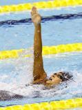 競泳女子200メートル背泳ぎで優勝した京都外大西の又木愛紗 ©読売新聞社