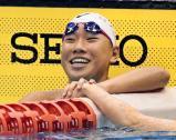 競泳女子100メートル自由形で優勝した日大藤沢の大内紗雪 ©読売新聞社