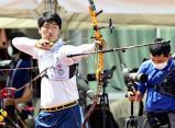 アーチェリー男子個人で優勝した足立新田・伊藤魁晟選手