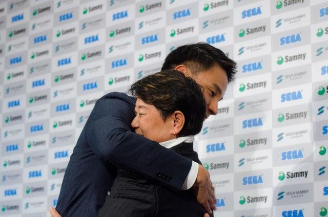 競泳選手の松田丈志が引退会見。二人三脚で歩んできた久世由美子コーチと28年を振り返った(2016年9月12日)撮影:五味渕秀行