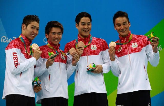 リオデジャネイロ五輪競泳男子800mリレーで日本代表が銅メダルを獲得(2016年8月9日)(c) Getty Images