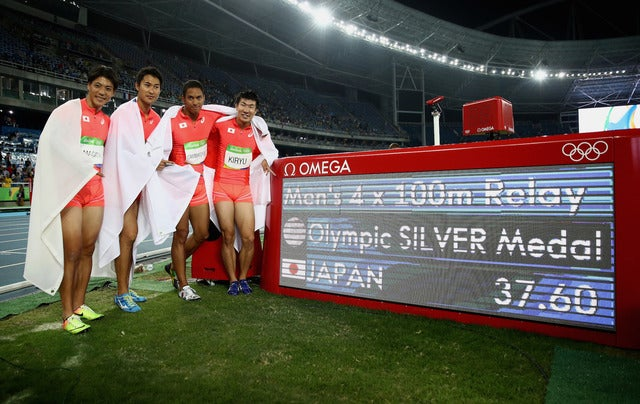 陸上男子400mリレーで日本代表が銀メダルを獲得(2016年8月19日)(c) Getty Images