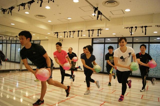 ティップ.クロス TOKYO、格闘技トレーニングやパワーヨガなど新プログラム開始