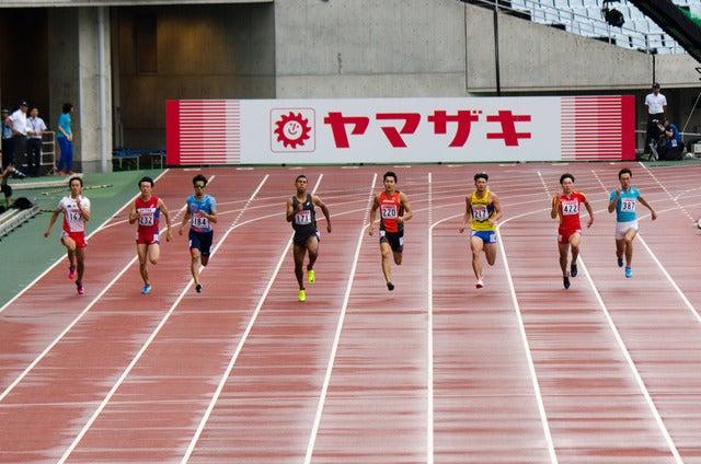 第101回日本陸上競技選手権大会、サニブラウン・ハキームが男子200mで優勝。二冠を達成(2017年6月25日)撮影:五味渕秀行