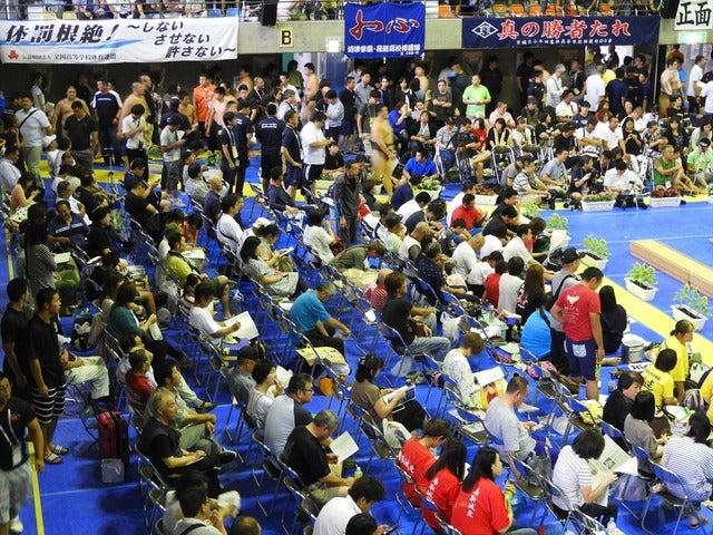 会場は多くのファンが詰めかけていた撮影:手束仁