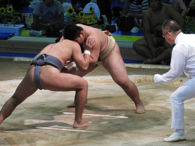 日体大柏・ビャンバスレン君(左)と飛龍・大森君(右)撮影:手束仁