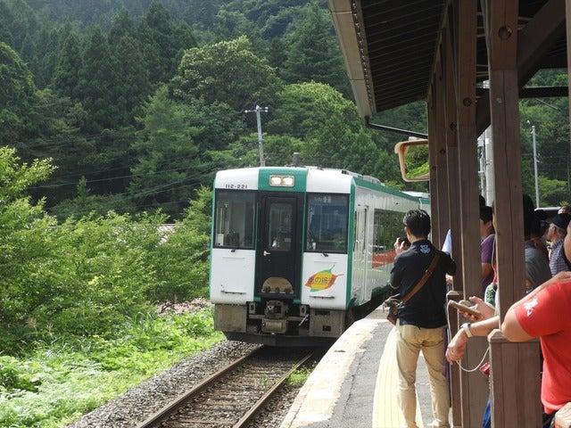 ゆけむりラインの電車撮影: 手束仁