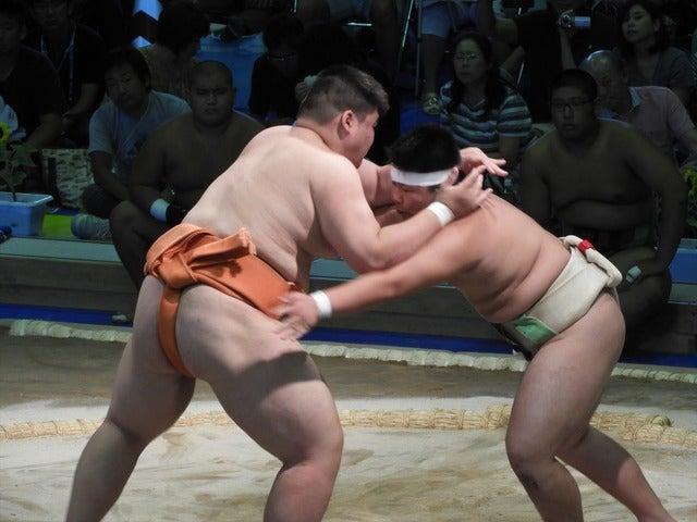 埼玉栄・納谷君(左)と足立新田・二見君(右)撮影: 手束仁