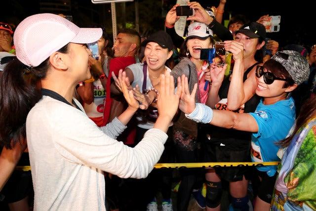 浅田真央、綾小路翔がホノルルマラソン完走Getty Images for HONOLULU MARATHON