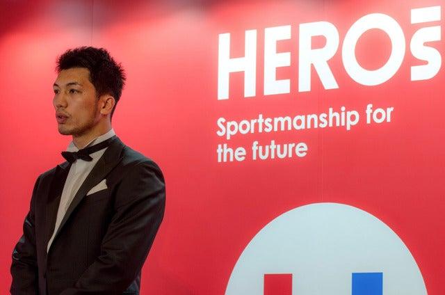 HEROs AWARD 2017でプレゼンターを務めた村田諒太(2017年12月11日)撮影:五味渕秀行