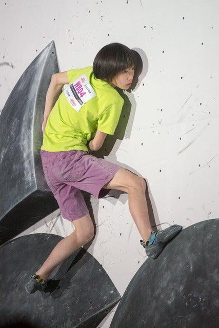第13回ボルダリングジャパンカップで女子2位の森秋彩(2018年2月4日)撮影:五味渕秀行
