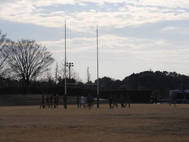 2月の澄んだ空気がグラウンドを包んでいた撮影:手束仁