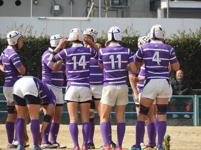 試合前の東京の選手たち撮影:手束仁
