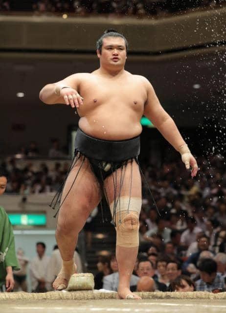 柔道もできるお相撲さん千代の国
