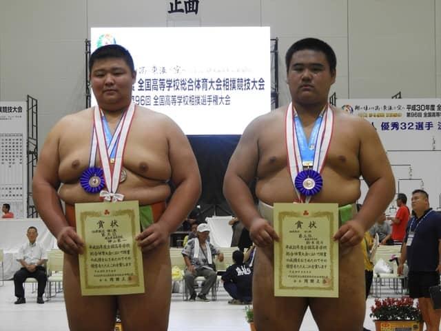 3位となった神山君(埼玉栄=左)と鈴木優斗君(飛龍=右)撮影:手束仁