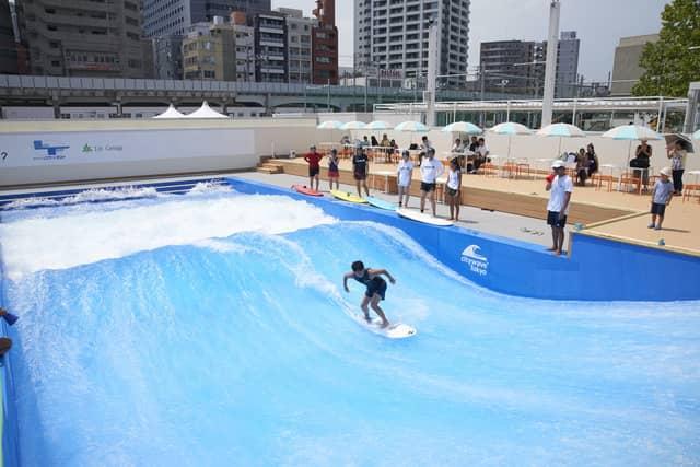 サーフィン、ボルダリング、パデル等が楽しめる複合スポーツエンターテインメント施設が品川にオープン