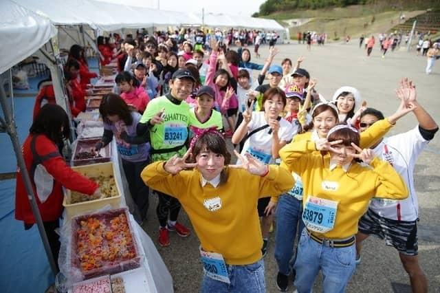 くまモン、スイーツ、マラソンの3つが楽しめる「くまファンラン×スイーツマラソンin大阪」2019年2月開催