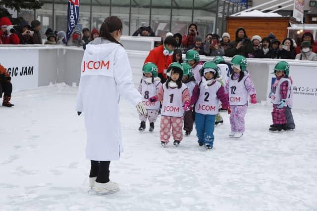 安藤美姫スケート教室、さっぽろ雪まつり会場内で開催