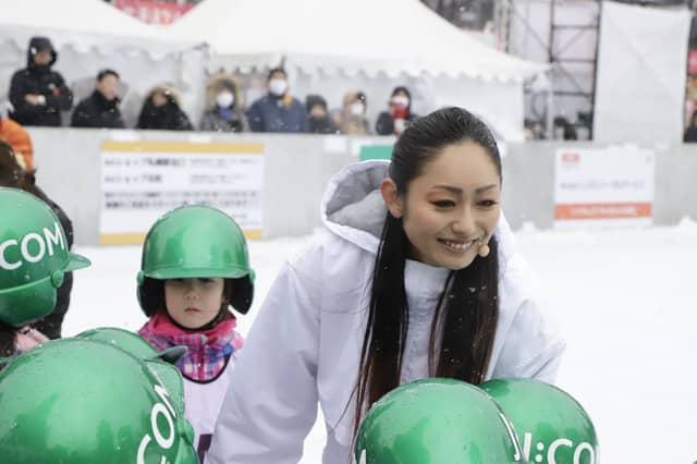 安藤美姫「諦めずに前を向いて挑戦することが大事」…さっぽろ雪まつりスケート教室