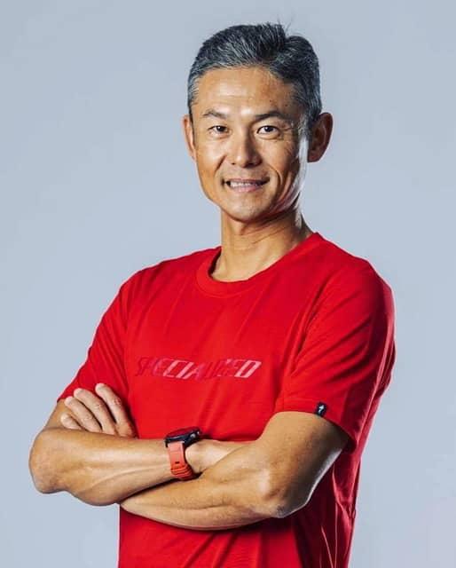 ホカ オネオネ、元MTBプロライダーでトライアスリートの竹谷賢二とアスリート契約