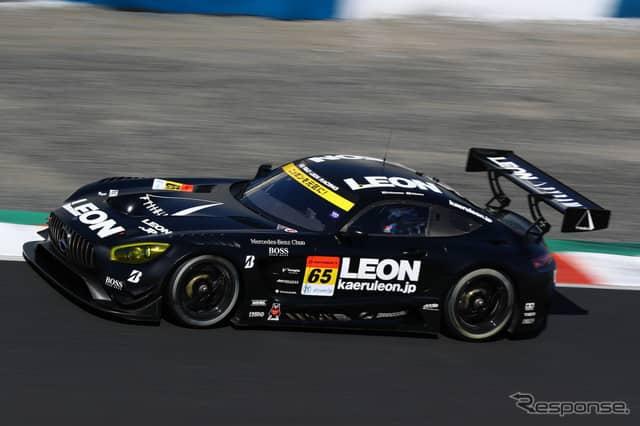 GT300クラス予選4位の#65 メルセデスAMG GT3。《撮影 益田和久》