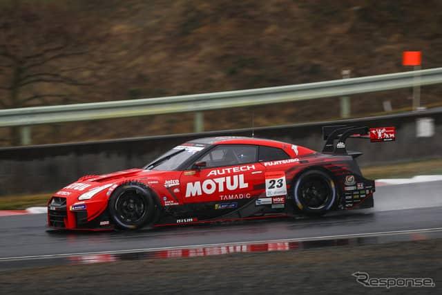決勝2位の#23 GT-R。《撮影 益田和久》