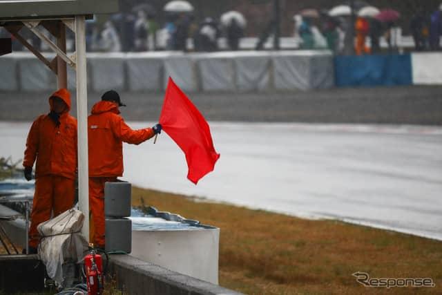 赤旗やセーフティカー導入が続いた岡山戦。《撮影 益田和久》