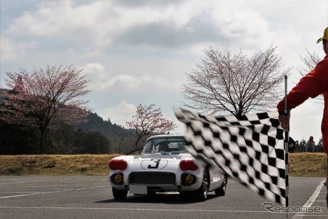 コンクール・デレガンス受賞車の1台、シボレーコルベット《撮影  内田千鶴子》